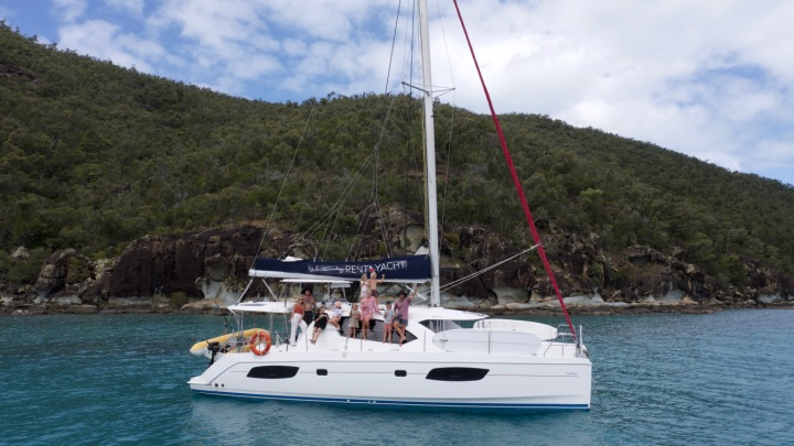 trip in a van sailing whitsundays
