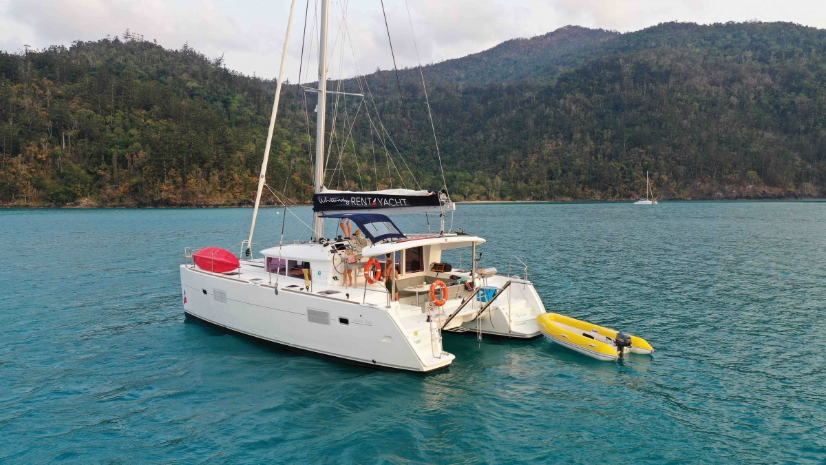 Family self sailing holiday Whitsundays
