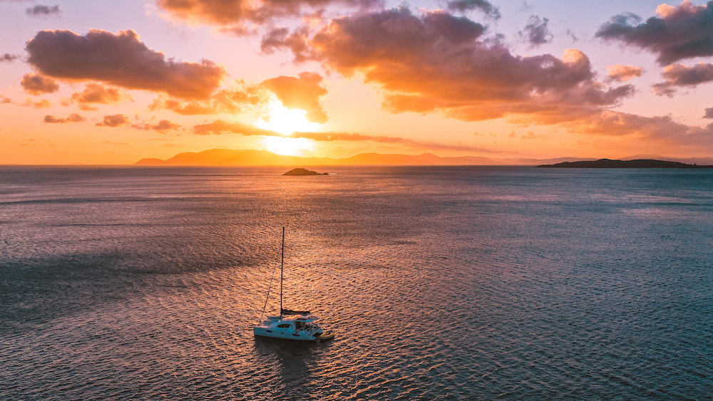 Catamaran hire in the Whitsunday Islands: What you need to know