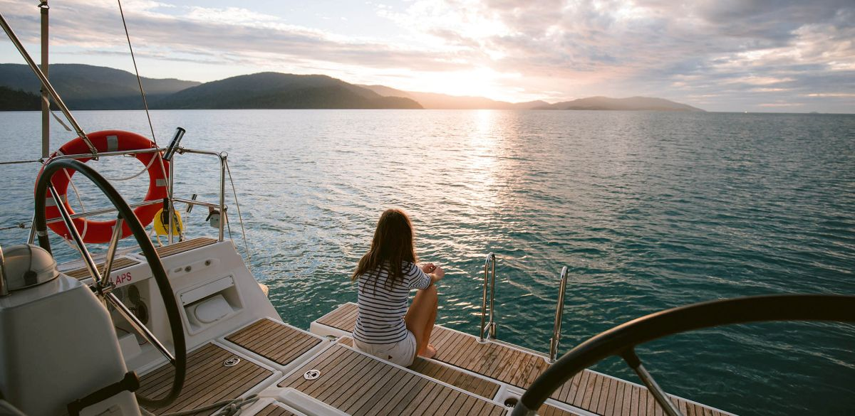 Sunset Sailing Whitsunday Rent A Yacht