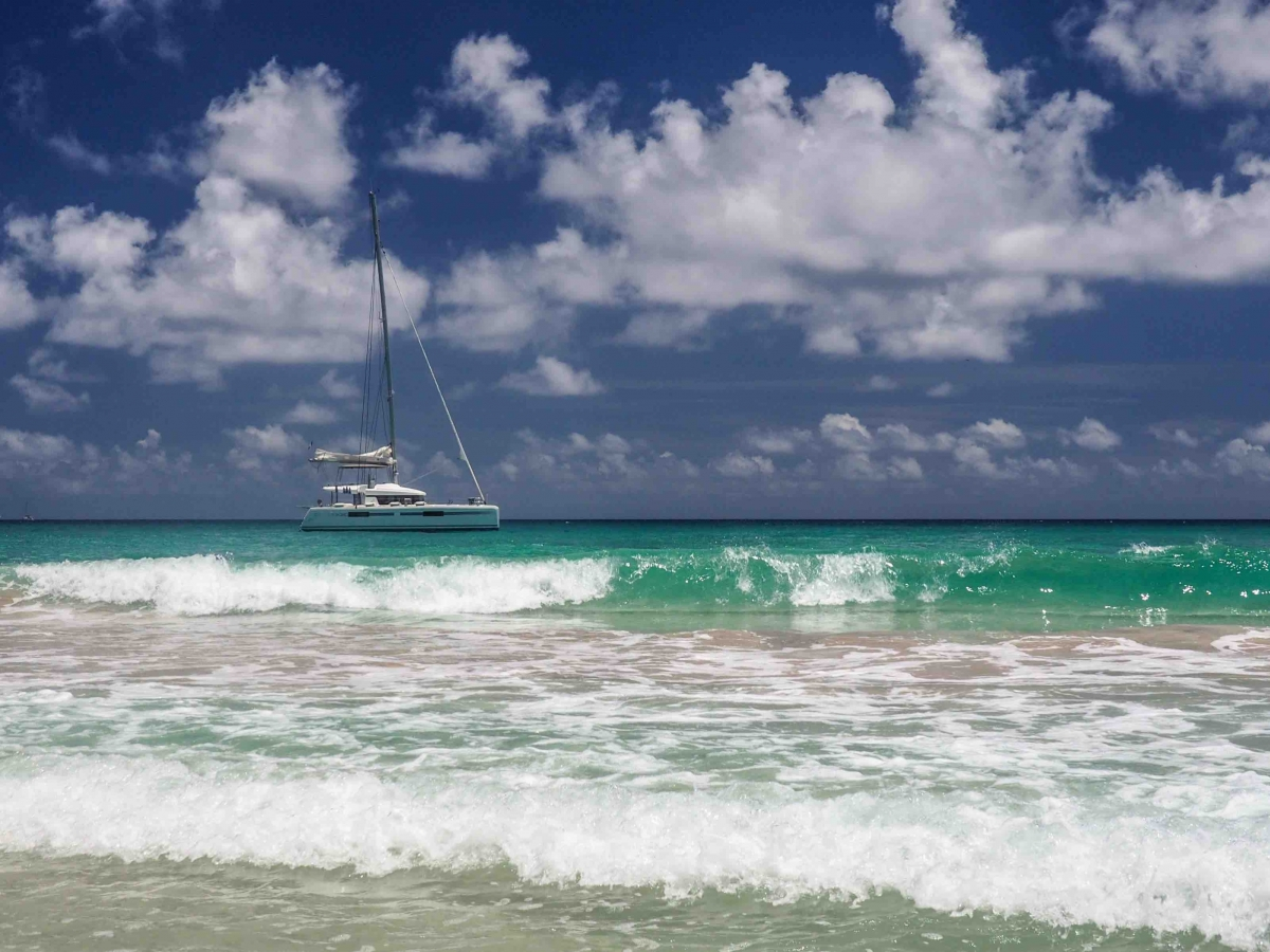 Yacht charter British Islands
