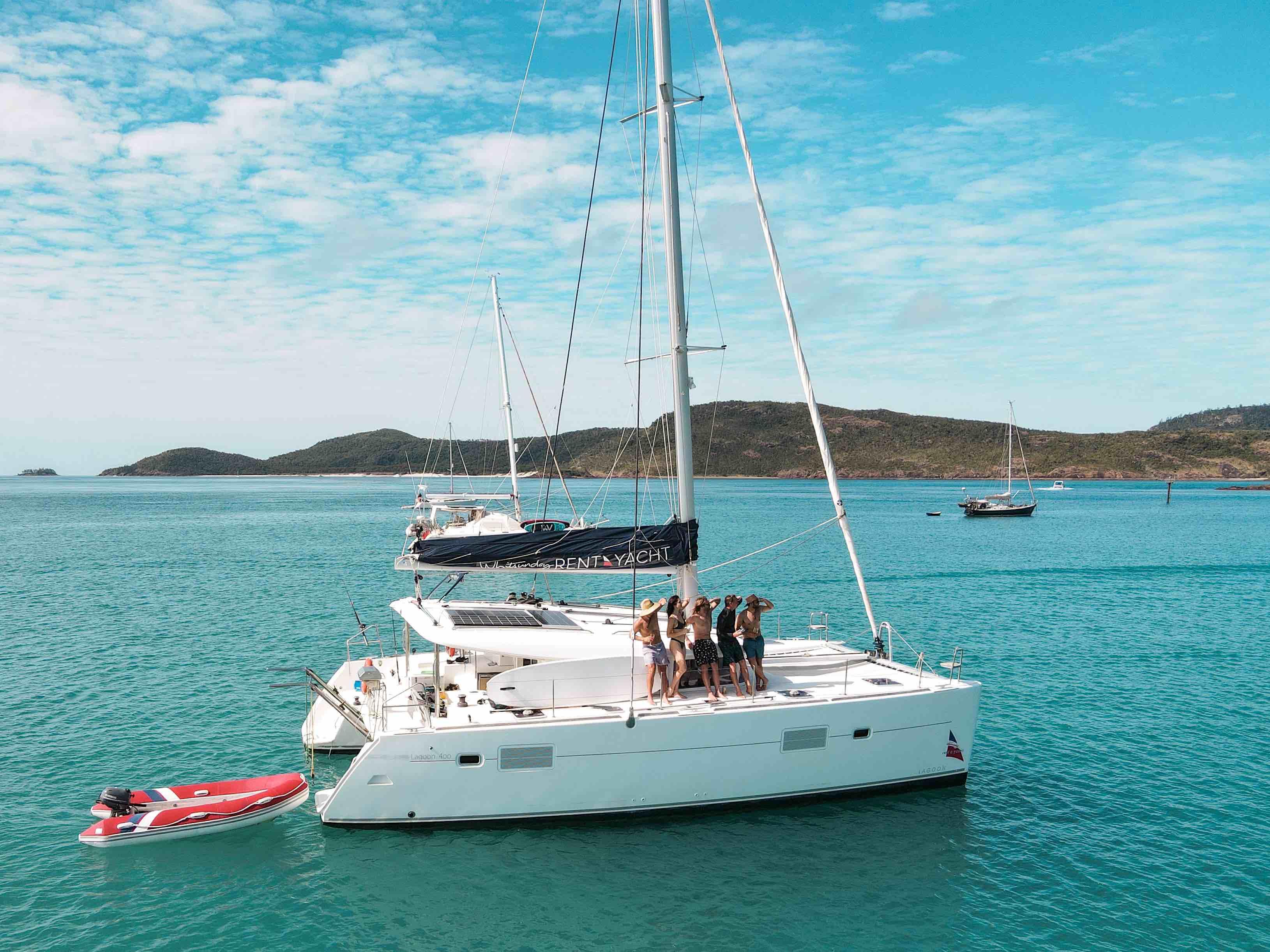 Sailing the Whitsundays with mates
