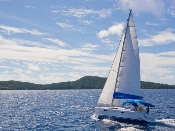 charter a sailing yacht Rhythm