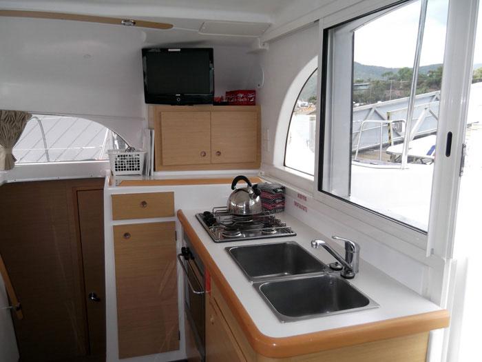 Beneteau Lagoon 380 catamaran in the Whitsundays