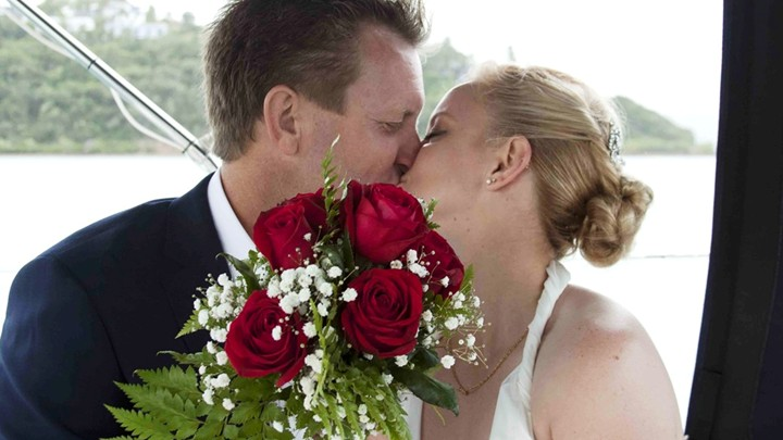 Zapelin wedding with Whitsunday Rent a Yacht