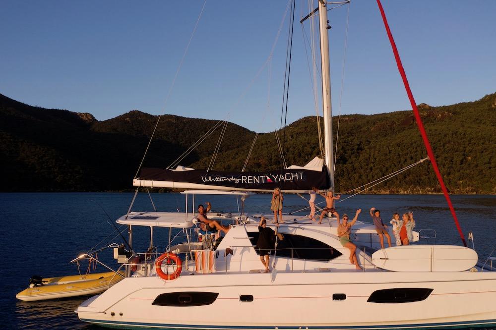 catamaran hire whitsundays