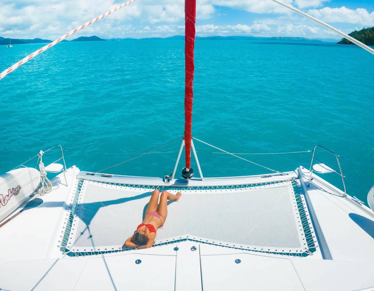 catamaran hire whitsunday islands